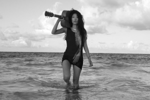 MAY SINGER JIHAE EYES THE EXIT ON 'LEAVING NYC' (EXCLUSIVE SONG)
